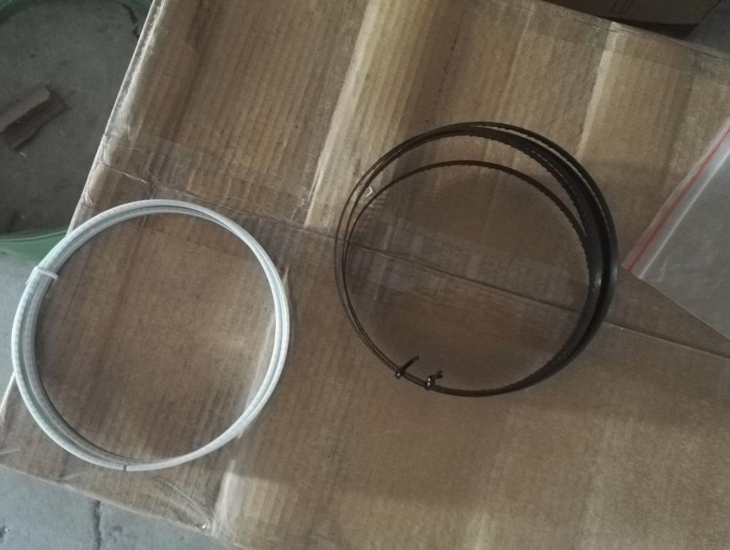 宁乾带锯机8寸木工家用多功能小型微型锯床佛珠开料机曲线切割锯