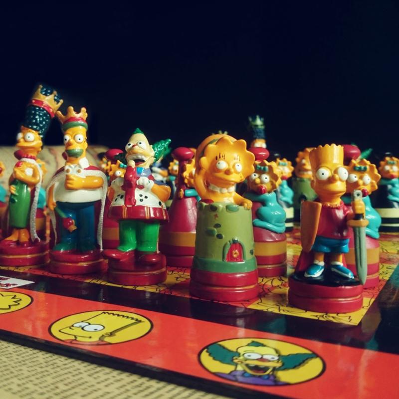 辛普森国际象棋限量版彩色版高档西洋棋幼儿智力游戏儿童节日礼物