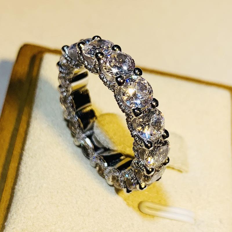 轻奢设计满钻排戒仿真钻石纯银 戒指女结婚求婚订婚饰品不掉色  S925