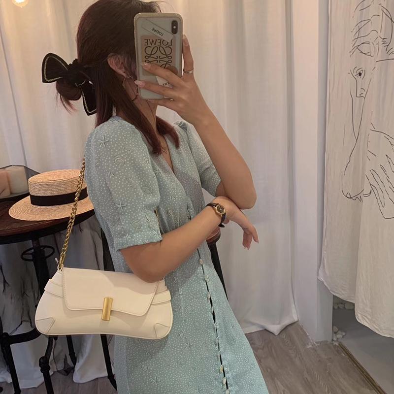 简约腋下小包包女2020新款洋气单肩斜挎包百搭时尚复古链条小方包