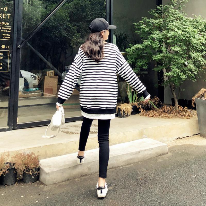 孕妇秋装套装时尚款2018新款潮妈宽松条纹卫衣韩版大码孕妇上衣