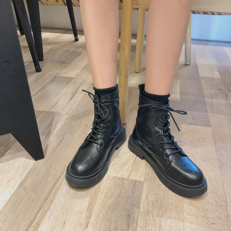 酷显瘦复古机橙刑靴子平底 ins 早秋网红帅气黑色马丁靴女英伦风潮