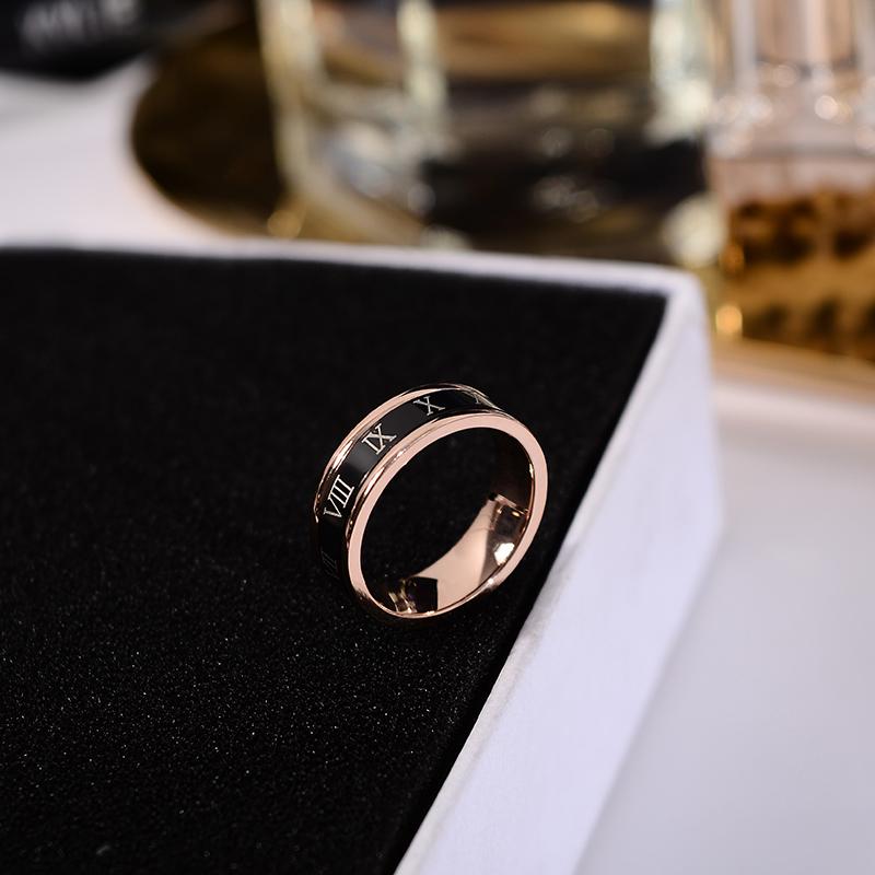 韩京韩版食指环戒指男女情侣款潮人个姓可转动指环钛钢戒子配饰品