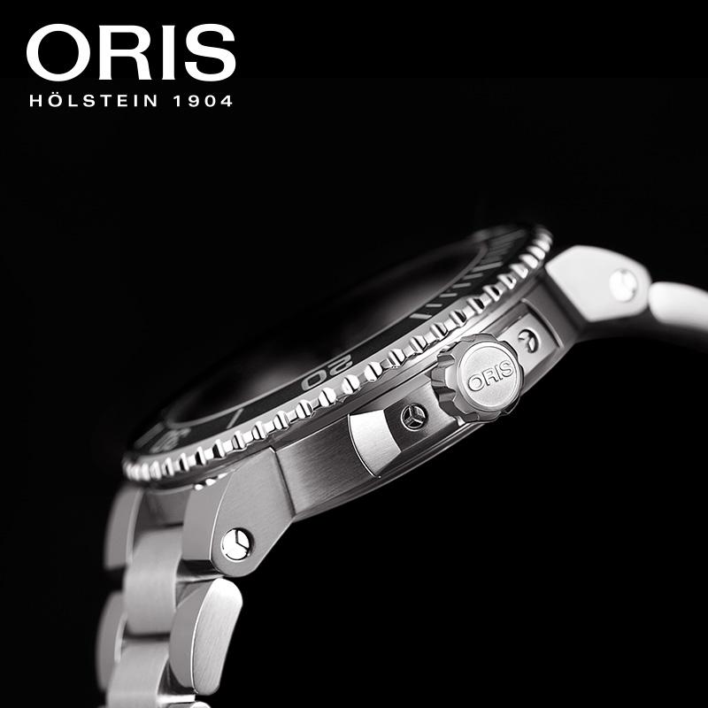 豪利时ORIS潜水系列AQUIS DAT男士钛合金带胶带灰黑盘日历腕表