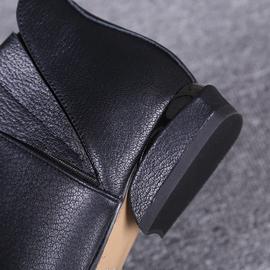 欧洲站秋冬季平底短靴女2020新款真皮尖头小跟短靴子马丁靴及踝靴