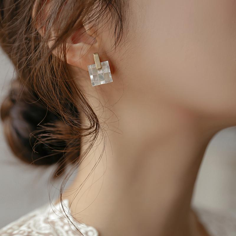 高级感耳环 年新款潮设计感气质韩国网红耳钉无耳洞耳夹耳饰女  2021