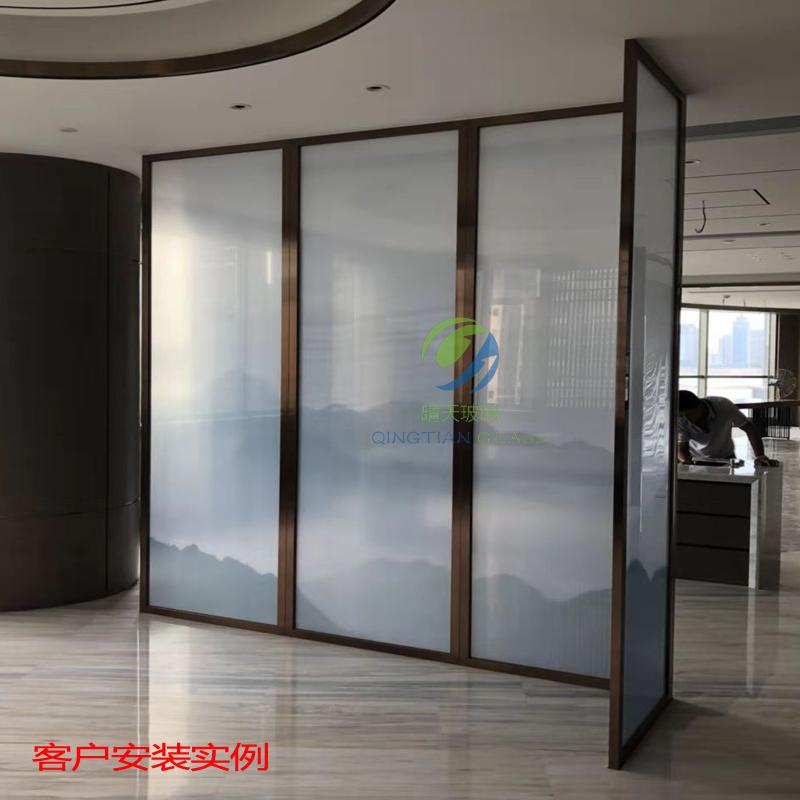 福州厂家新中式艺术山水抽像水默意境画夹丝夹绢玻璃屏风隔断背景