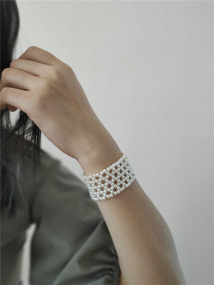 店  创意复古珍珠编织宽手环手镯设计感手饰 ins  美芽