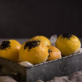 娇糖烘焙海鸭蛋蛋黄酥现做现发货纯手工制作糕点网红早餐休闲零食