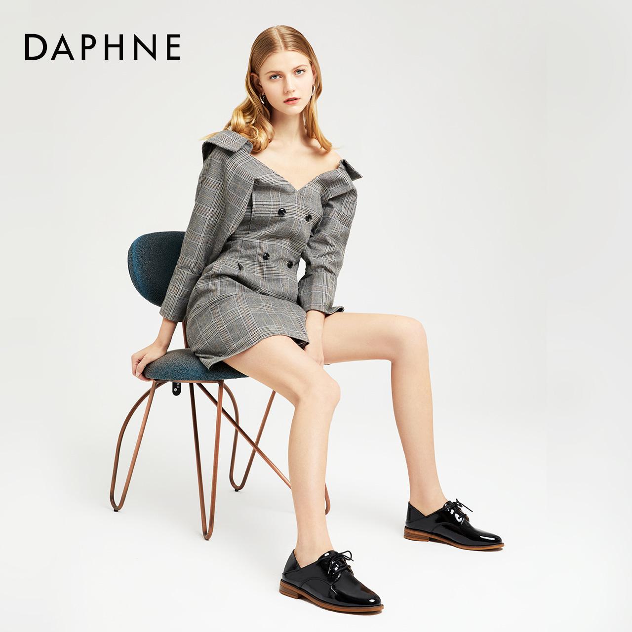 年春英伦小皮鞋女学院风休闲鞋平底圆头牛津鞋 2020 达芙妮 Daphne