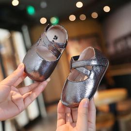 夏季女宝宝学步鞋软底女童1一2岁小公主鞋子儿童婴儿皮单鞋春秋款