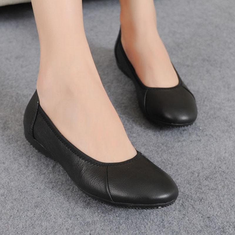 軟底防滑工作鞋女黑色平底真皮休閒女鞋職業上班鞋牛皮平跟女單鞋