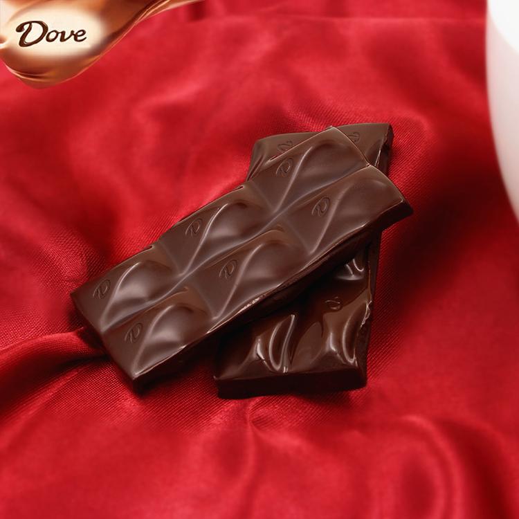 新货 俄罗斯进口Dove德芙纯可可脂丝滑牛奶夹心黑巧克力排块90g