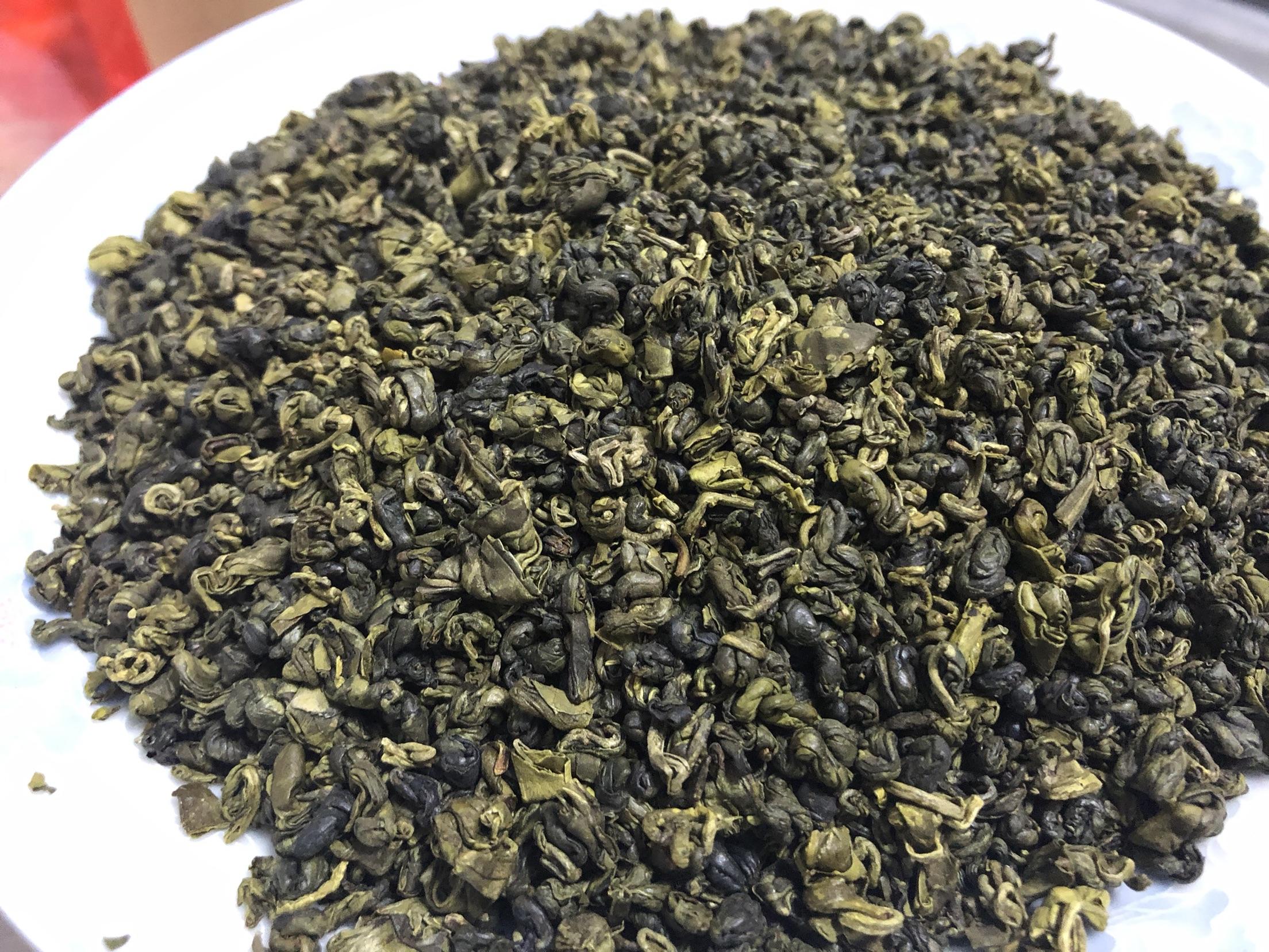 克半斤散装烘青其它绿茶碧螺春 250g 广西昭平高山野生石崖搽单罐
