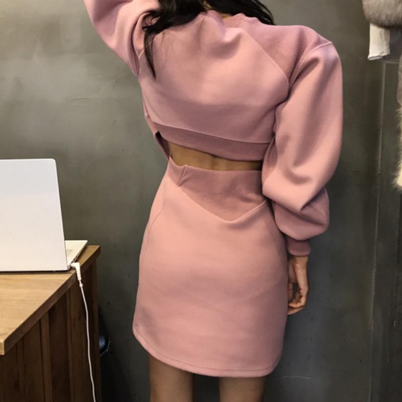 韩国东大门20AW卫衣裙女加绒加厚洋气廓形泡泡袖露腰包臀连衣裙