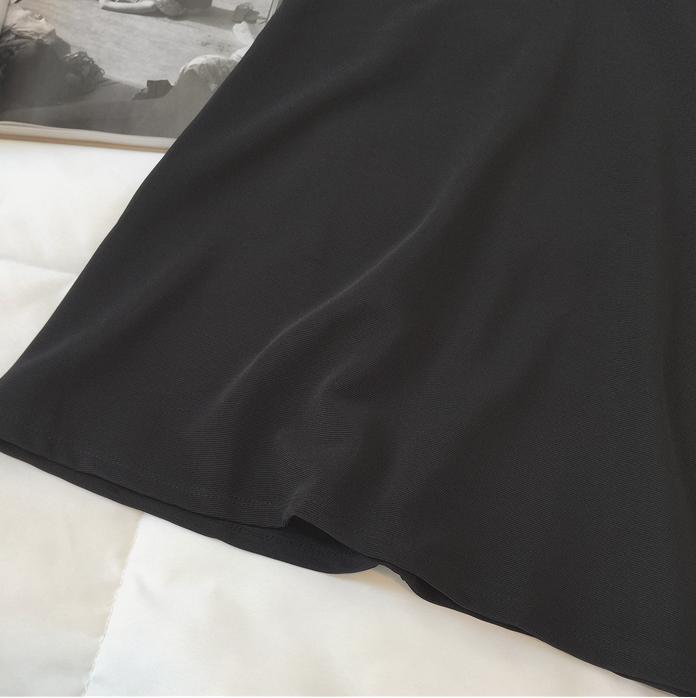 大码A字连衣裙200斤胖妹妹胯大腿粗的女生遮肚减龄显瘦短袖小黑裙