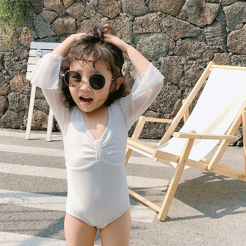 儿童游泳衣中小女童3-6-9岁网纱长袖透气可爱宝宝连体防晒游泳衣