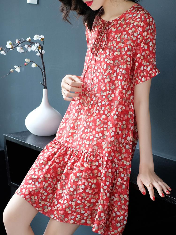 2021夏季新款女小个子碎花蝴蝶桑蚕丝大码宽松遮肚短袖真丝连衣裙主图