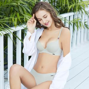 内衣套装女文胸聚拢无钢圈防下垂收副乳上托无痕薄款小胸罩大码厚