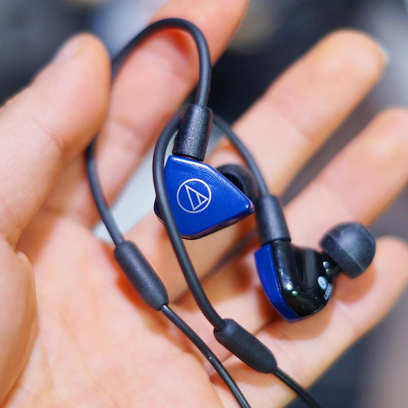 Audio Technica/铁三角 ATH-LS50is可换线监听发烧hifi手机耳机入耳式有线挂耳LS70IS运动耳塞IM50耳返IM70