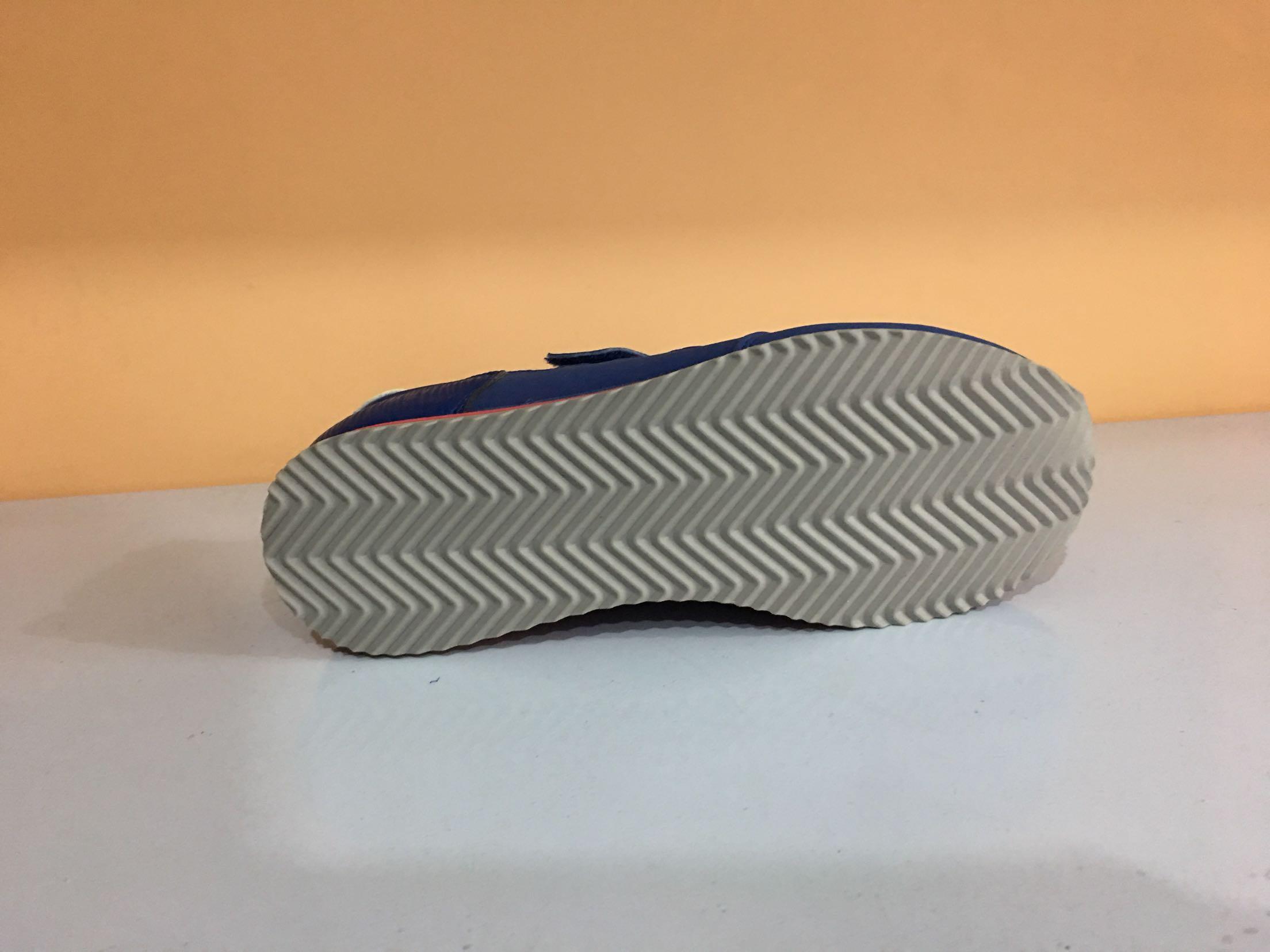 35.5 童鞋 小孩鞋 威时尚百搭耐磨休闲鞋 s 正品海外版盖 轻量设计