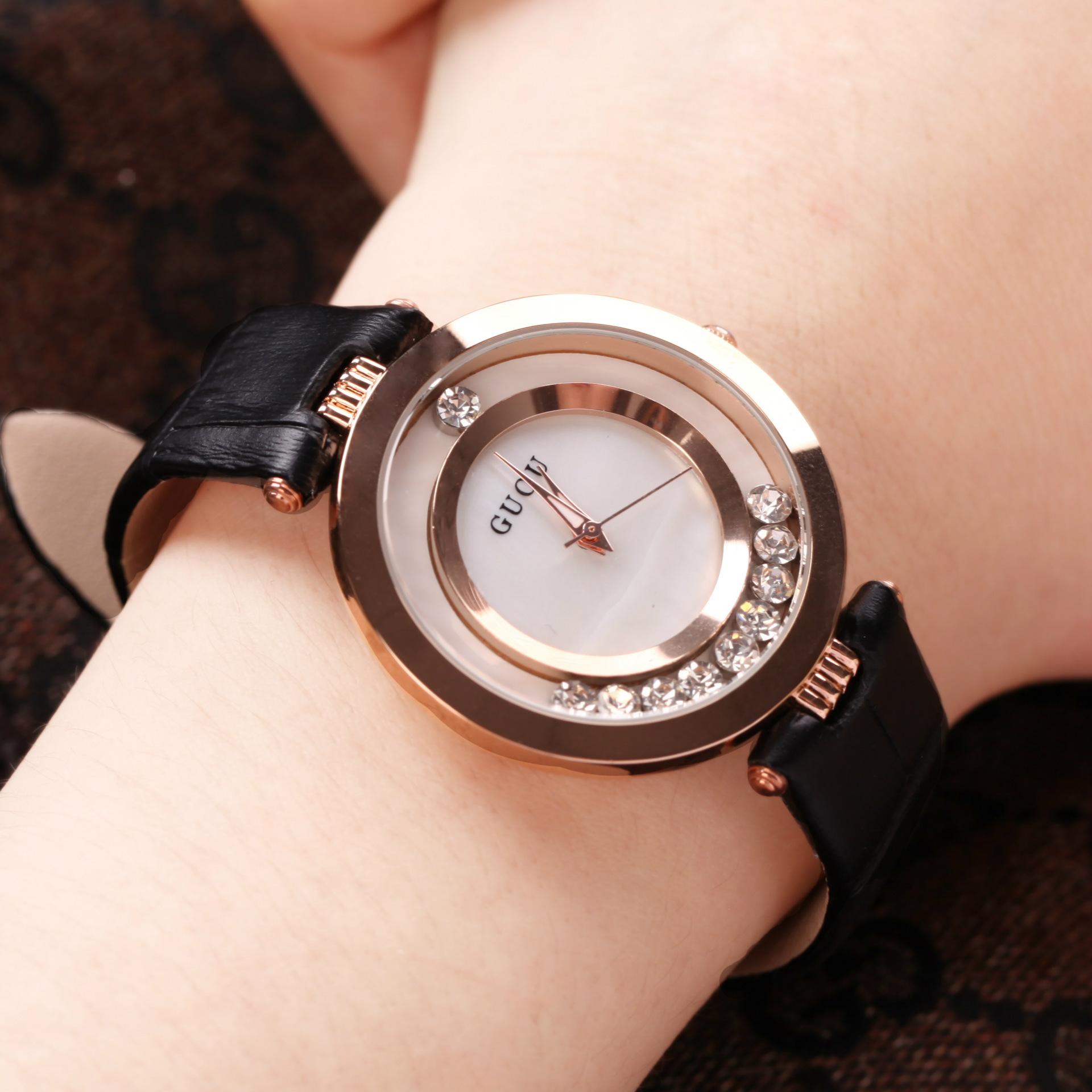 正品古欧金色时尚女士手表女表镶钻真皮表带石英时装防水潮表
