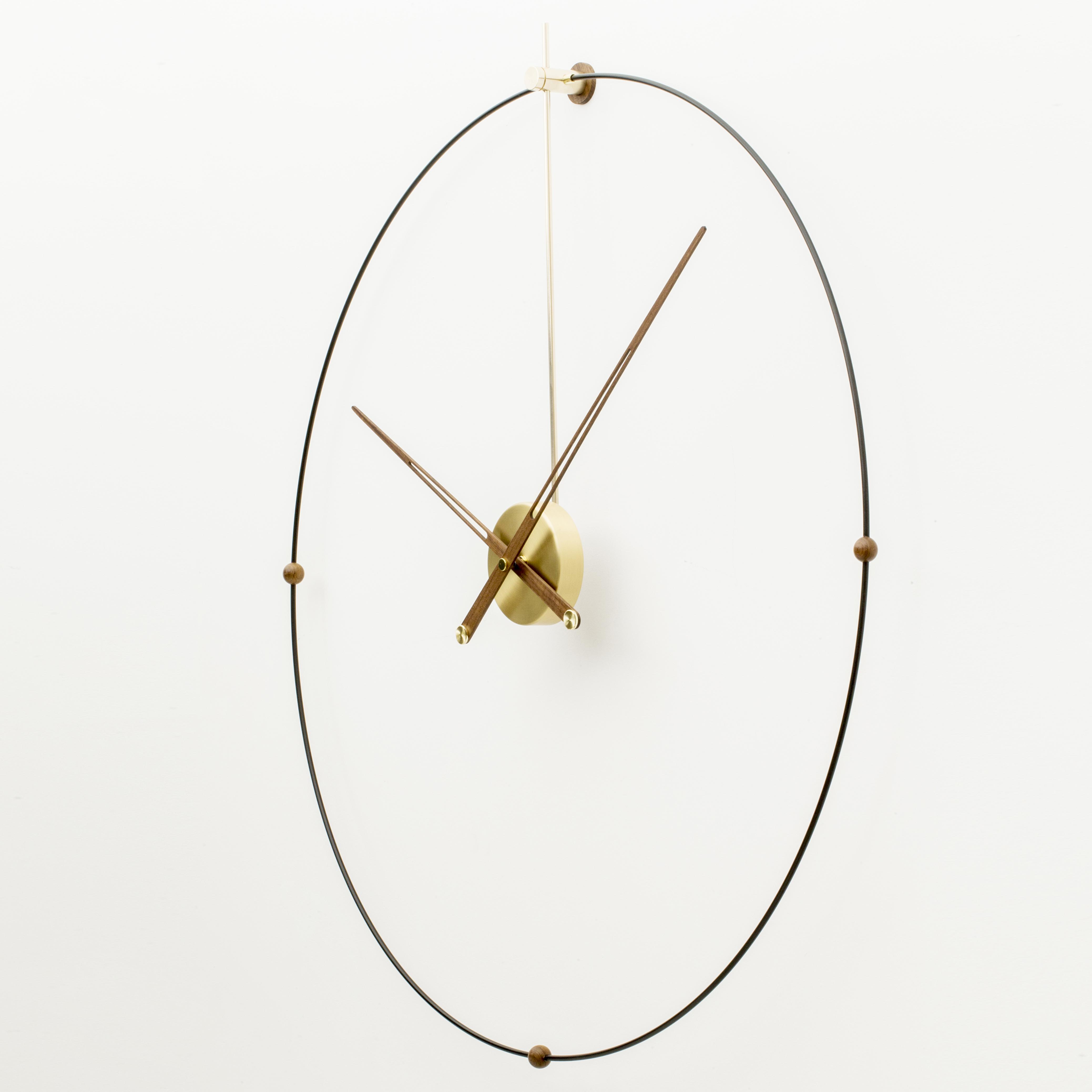 现代创意个姓客厅前台办公室简约北欧美黑胡桃大指针石英钟挂表