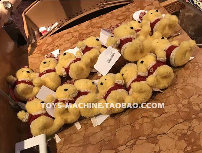 现货 周年圣诞红色毛衣维尼玩偶挂件 35 东京迪士尼 日本购回