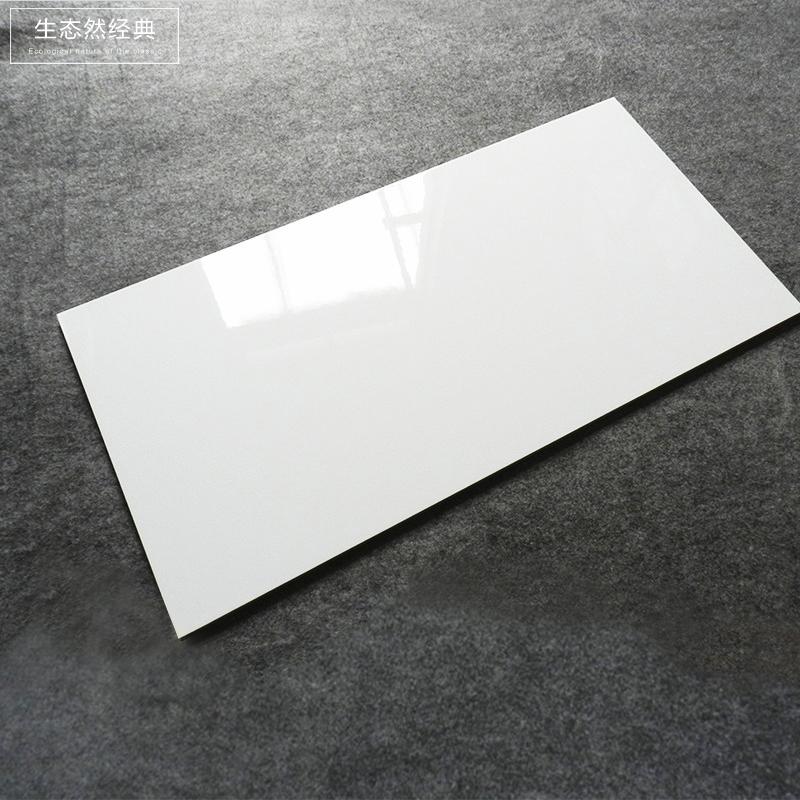 简约现代白色釉面厨房间墙砖300x600亮面砖卫生间哑光白瓷砖阳台