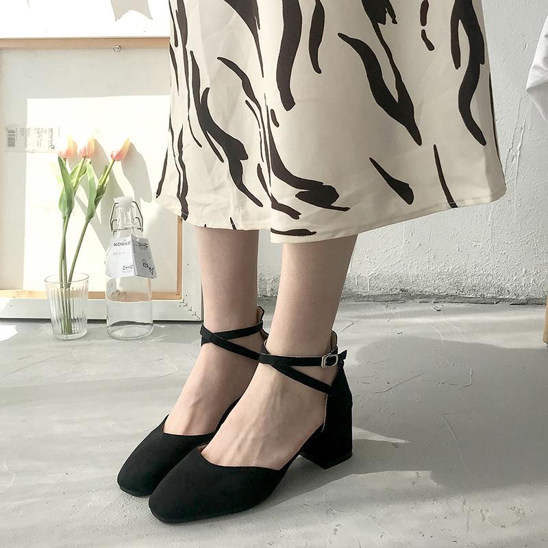 2020新款韩版春季单鞋一字扣粗跟方头包头凉鞋小清新网红高跟鞋女