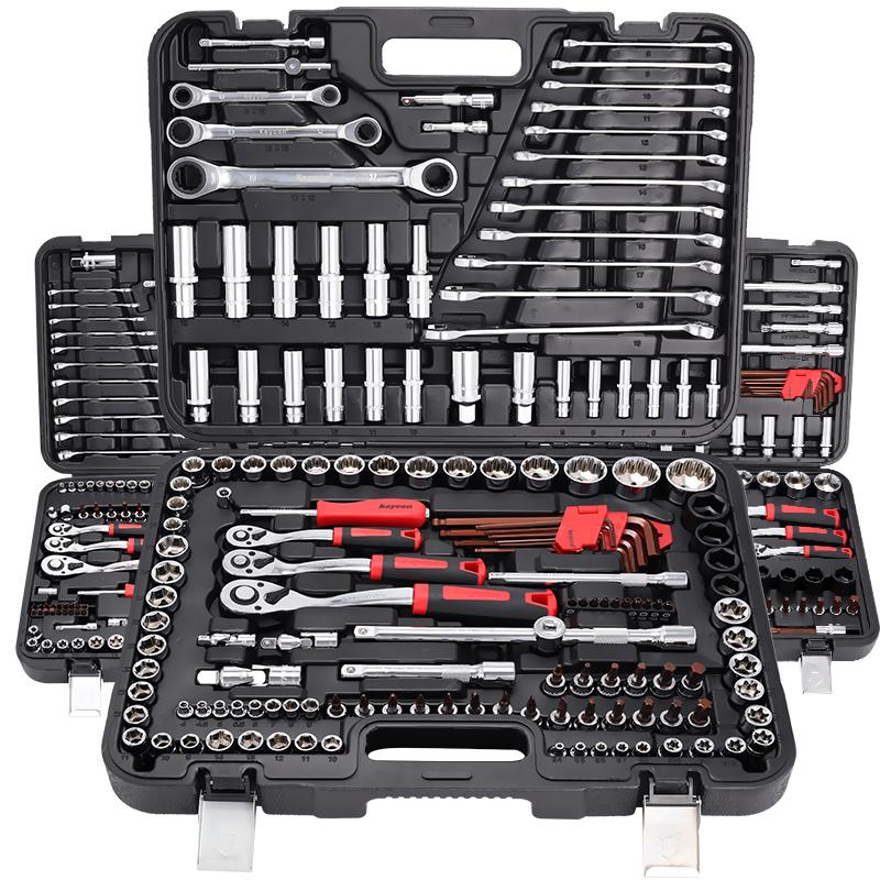套筒扳手套装快速棘轮多功能汽修修车车载万能五金工具箱维修工具
