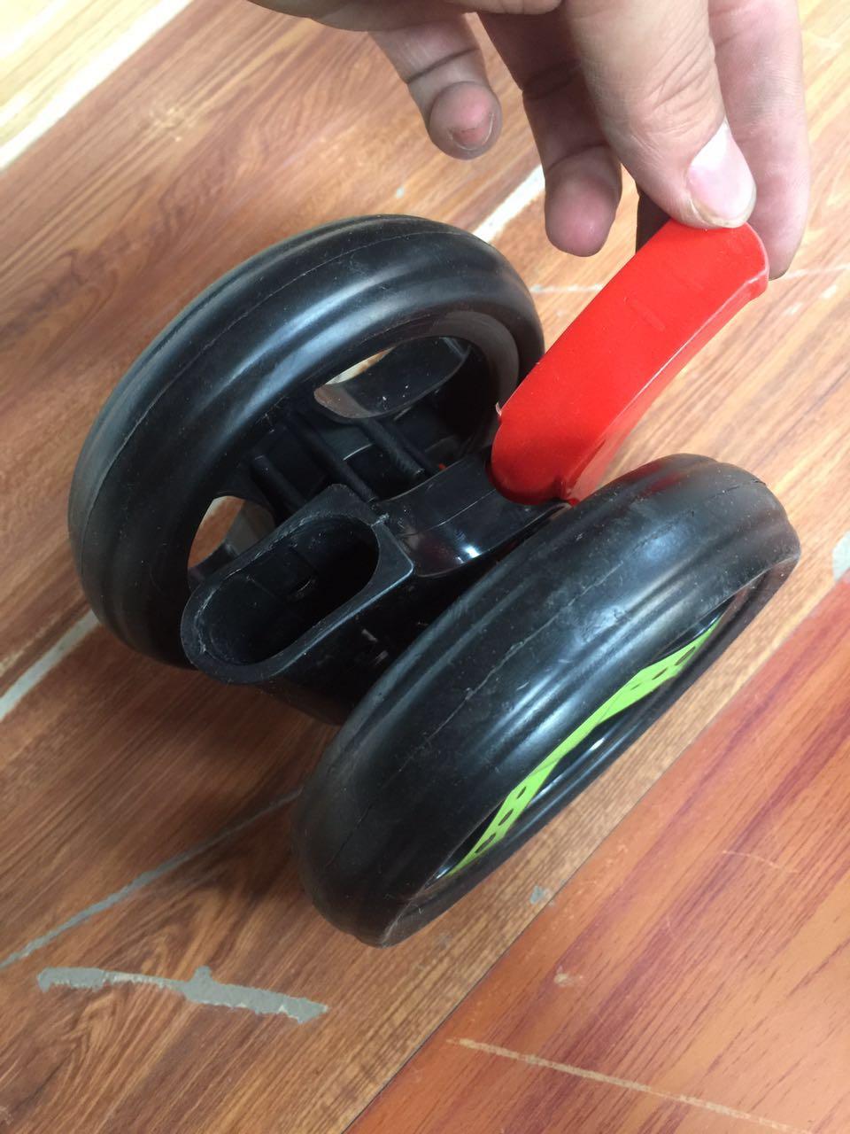 大牌伞车四轮小推车轻便车万向前轮后轮仿藤小车童车车轮配件维修