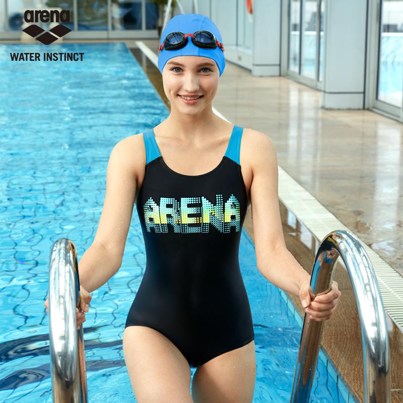新款arena女士連體三角游泳衣 唯美保守 修身顯瘦休閒訓練款泳衣