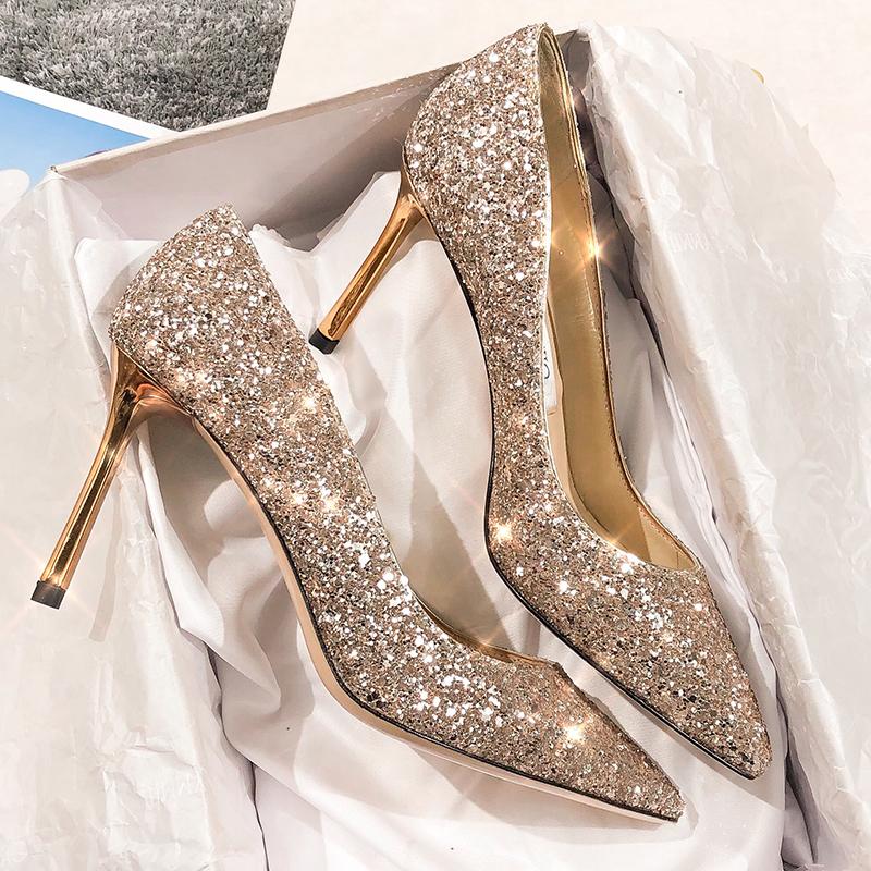 新娘结婚鞋女2019新款水晶亮片性感法式少女尖头银色高跟鞋女细跟