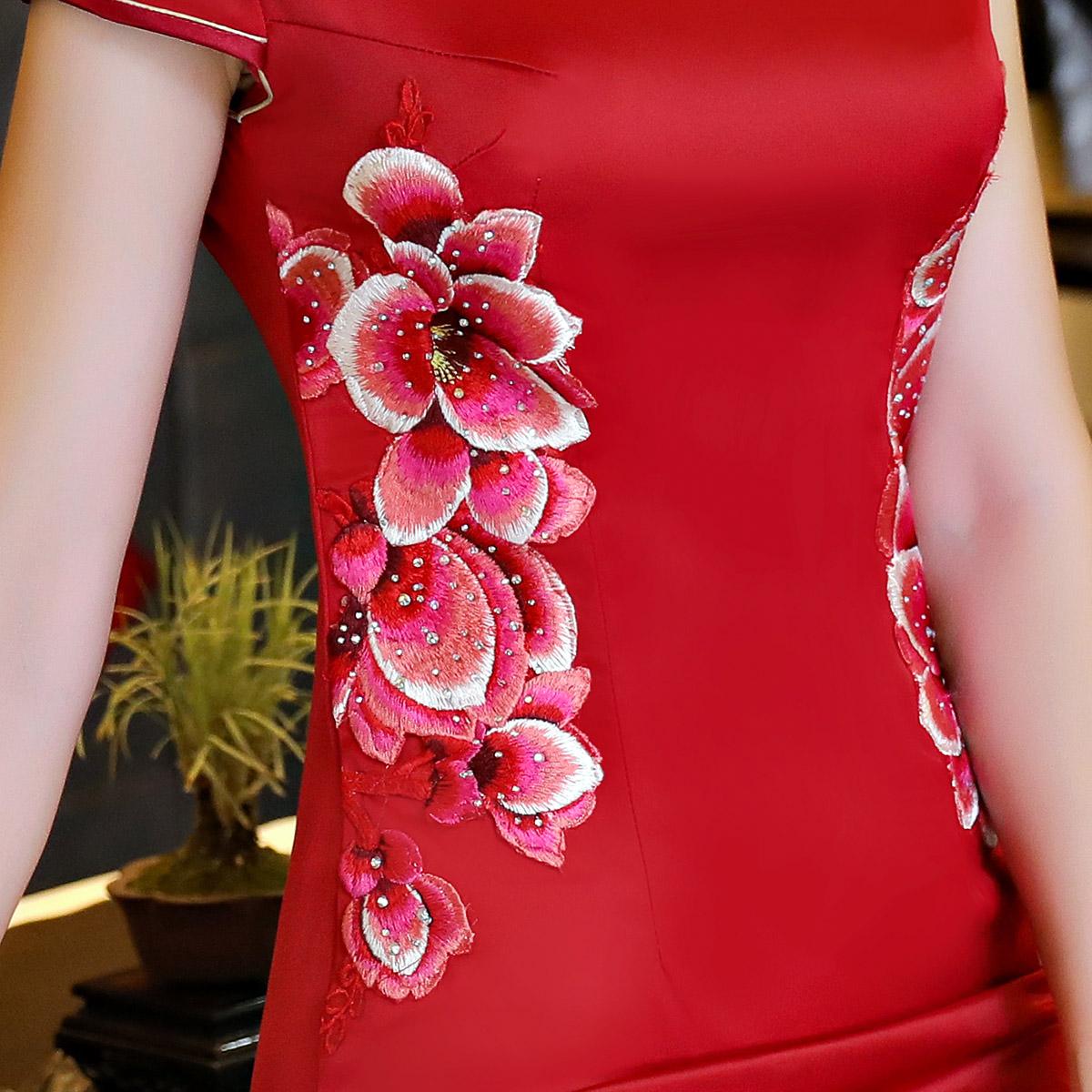 旗袍舞台演出走秀女新式宴会礼仪服长款大码中老年祺袍裙改良定制
