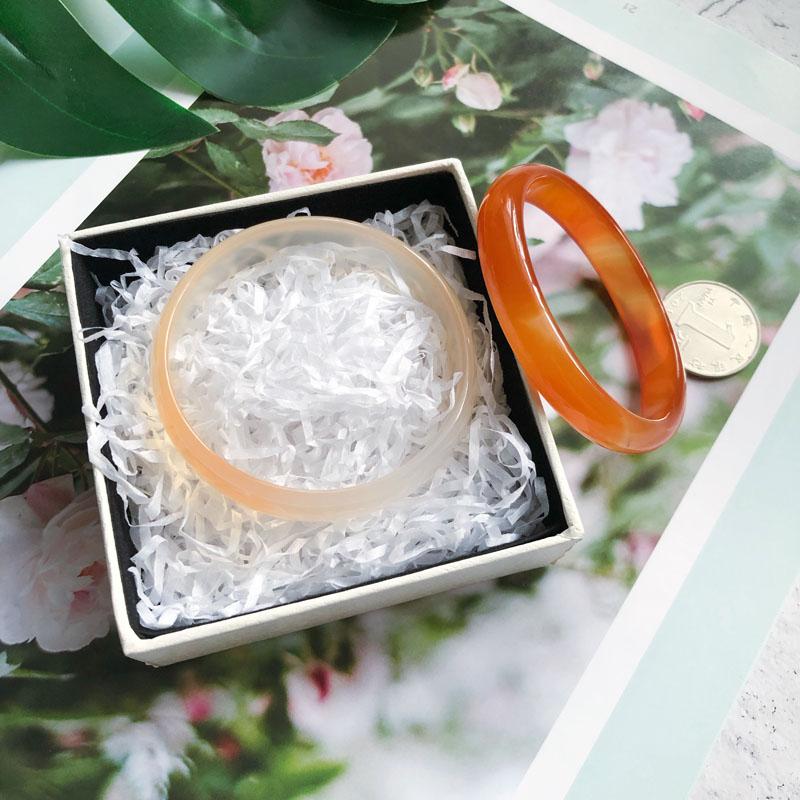 纯天然巴西冰种原色红玛瑙玉髓手镯女玉镯子红玉髓冰种贵妃镯