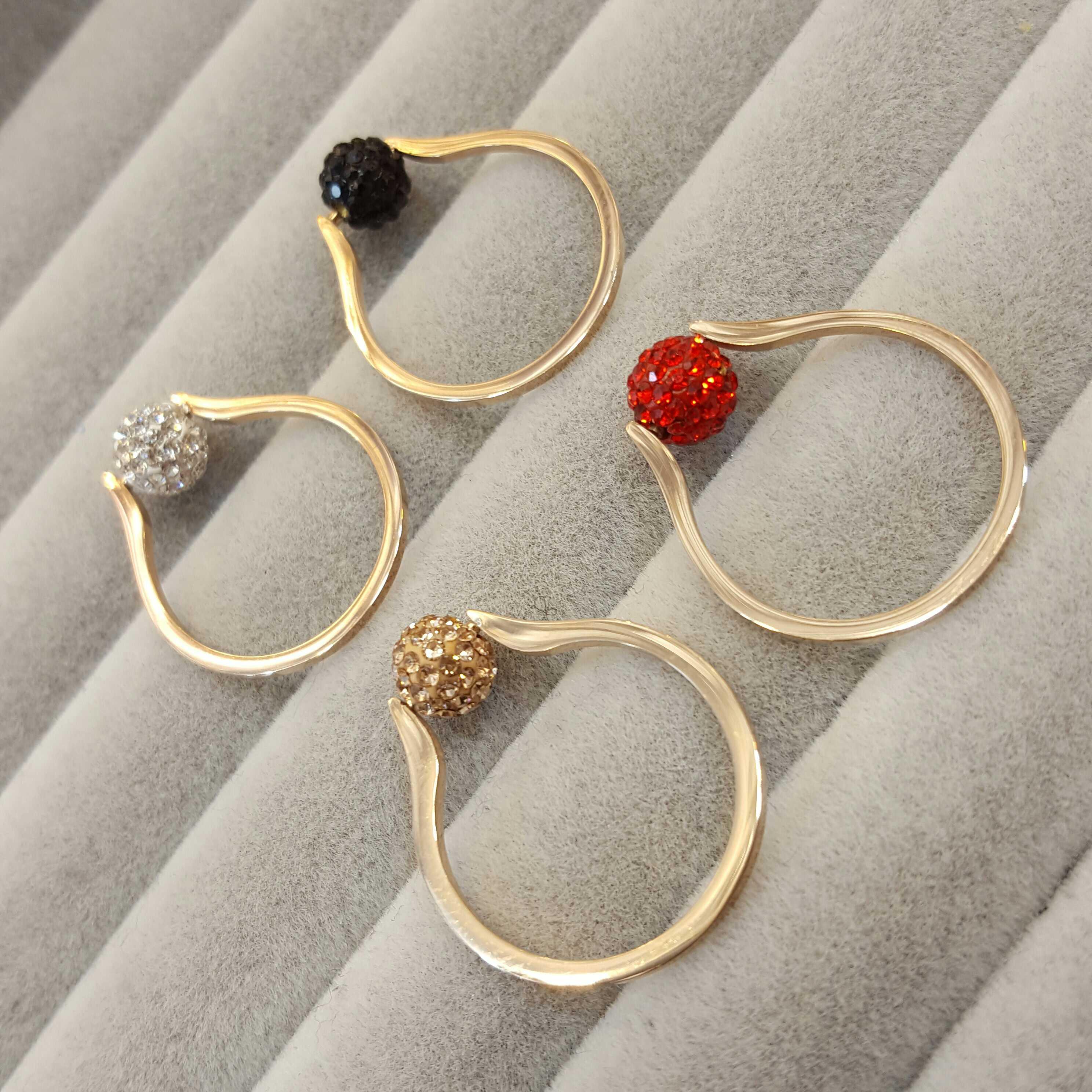 韩版时尚个姓 镀玫瑰金指环转运珠女款钛钢戒指满钻不掉色尾戒  18K