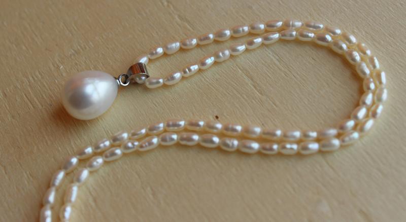 米形珍珠吊坠项链 小米珠劲饰项饰 少量瑕疵极珍珠2-2.5mm 包邮