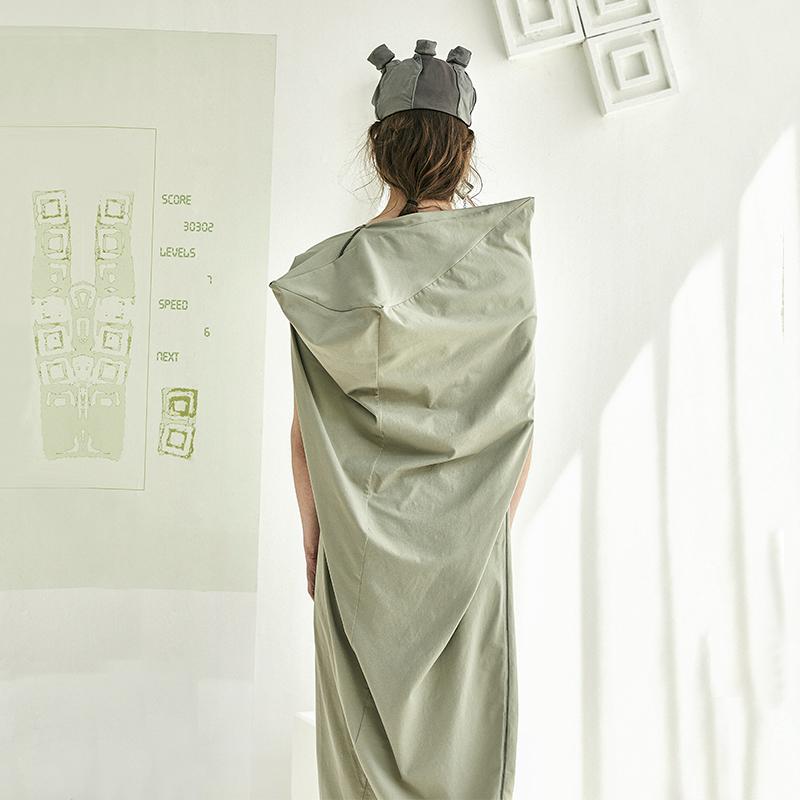 牛油果绿果绿色显瘦矮个子连衣裙