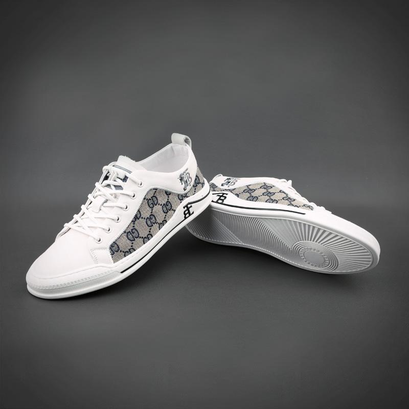 新款真皮小白鞋青年百搭拼色格子驾车乐福休闲板鞋 21 男鞋春季潮鞋