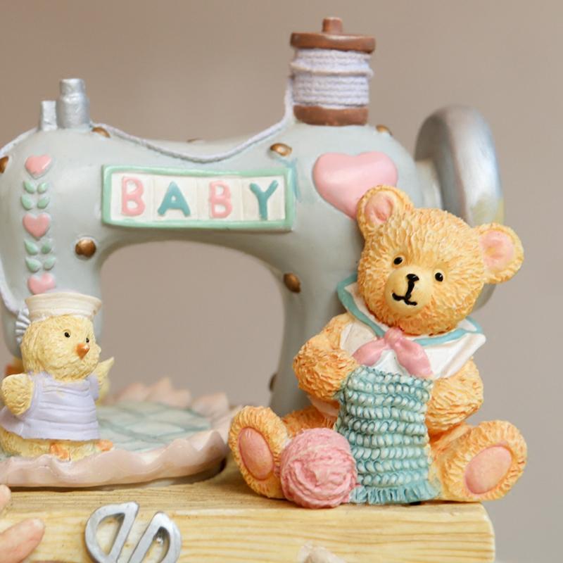 缝纫机小熊音乐盒旋转卡农八音盒送女生小孩儿童闺蜜情人生日礼物