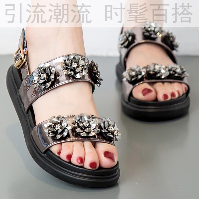 夏季凉鞋女韩国新款真皮水钻露趾鞋平跟搭扣厚底防水台舒适鱼嘴鞋