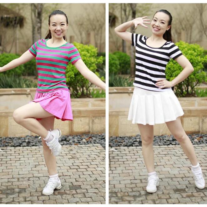 格格廣場舞服裝新款套裙女2019夏季短袖條紋上衣百褶裙白色短裙棉