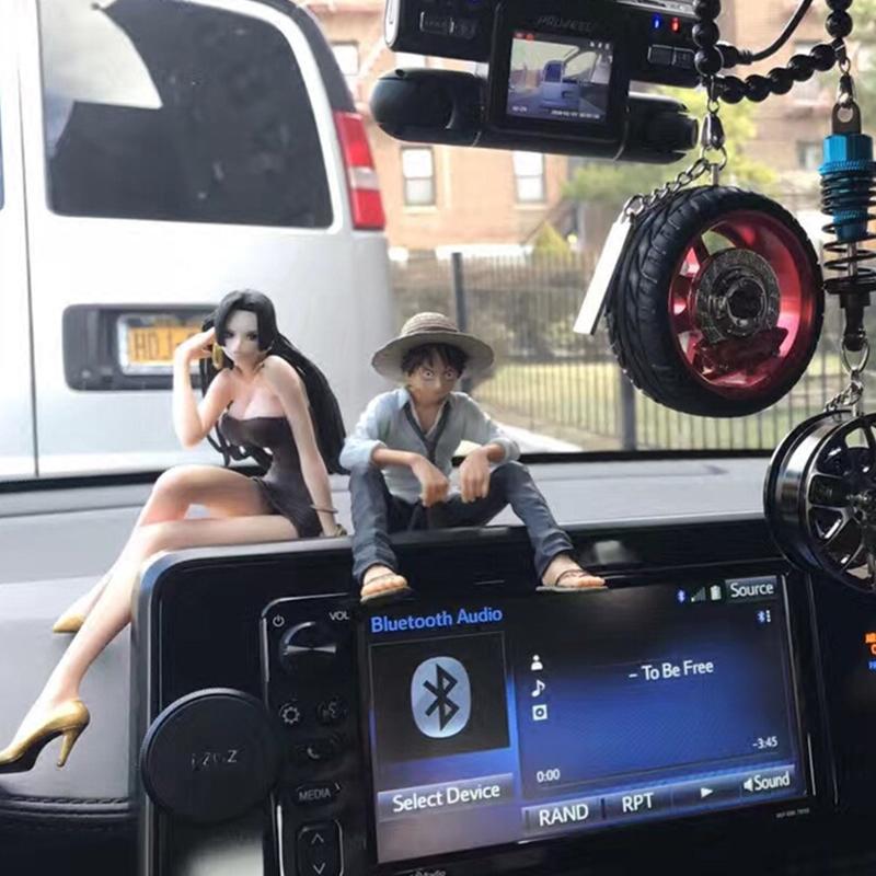 汽车内摆件装饰中控台摆件创意饰品摆件卡通动漫情侣车饰模型男女