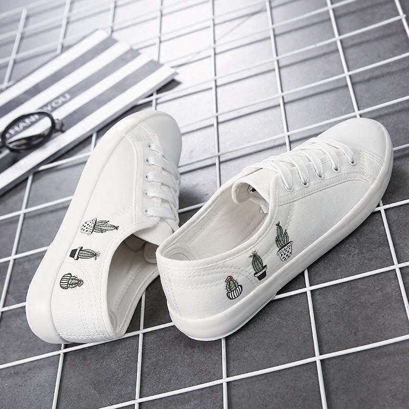 夏季街拍文艺帆布鞋女学生平底系带休闲浅口小白鞋百搭涂鸦布鞋子