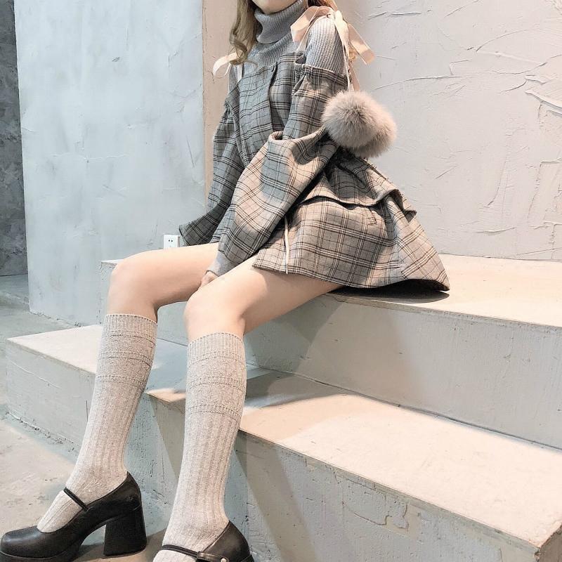 喵了个咪软妹连衣裙格纹面料狐狸毛球系带腰部抽绳露肩风衣外套裙