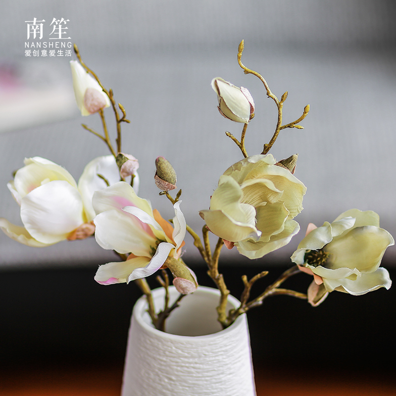 Buy South Sheng European Home Accessories Artificial Flowers Artificial Flowers Silk Flower Floral Silk Flower Arrangement Ideas Shang Su Magnolia In Cheap Price On M Alibaba Com