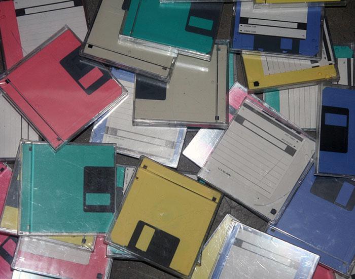 3.5寸 1.44M 软盘A磁盘A盘绣花机绣花盘 usb软驱二手软盘电脑磁盘