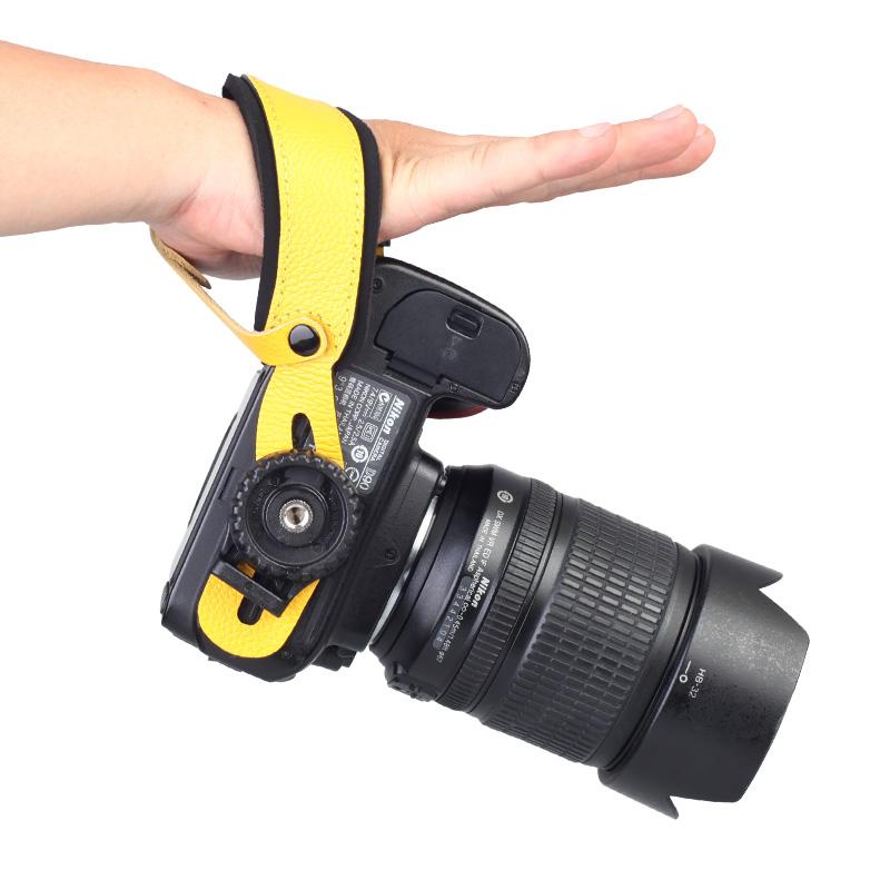佰卓 牛皮手腕带适用佳能尼康索尼相机800D80D70D 5D4 3 2 D800ED750D7200 A7M2 M3 R2单反微单摄影防脱便携