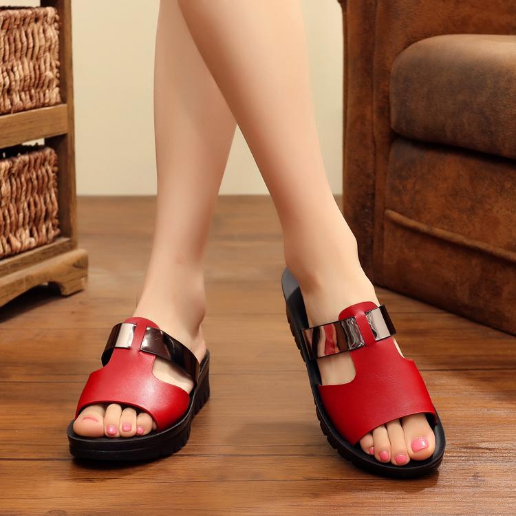 夏季凉鞋女真皮女拖鞋时尚韩版平底坡跟一字拖女鞋防滑妈妈凉拖鞋